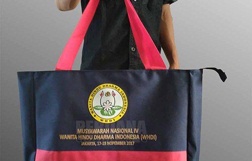 Melayani Sablon Tas Dan Pembuatan Tas Custom Dari Perdana