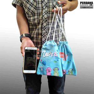 pouch serut printing bahan taslan naura by perdana Q3570