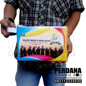Tas Souvenir Dompet 35th Bahan Kalep Printing Q3762