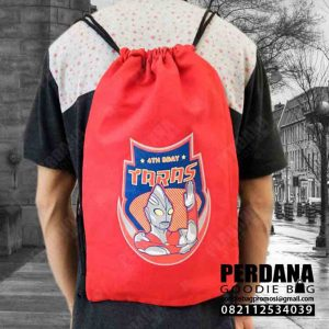 Goodie Bag Serut Kanvas Merah Sablon By Perdana Q3912