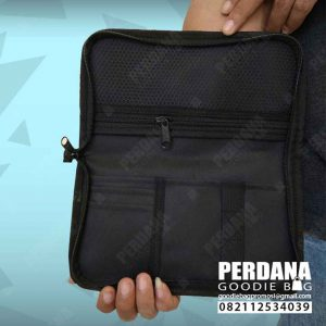 pouch dompet dinier d300 sablon 1 warna 1 sisi Q3907