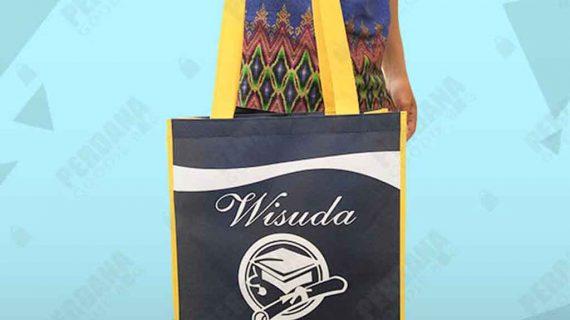 Tas Souvenir Wisuda Kampus Spunbond Klien Manado
