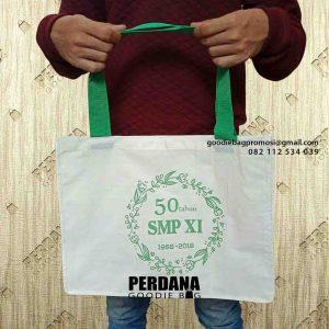 contoh souvenir tas sekolah dari Perdana Goodie Bag