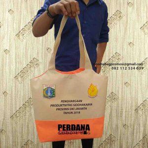 contoh tas souvenir pemerintahan DKI Jakarta id4497
