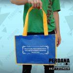 harga tas spunbond dengan kombinasi warna