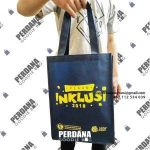 tas spunbond jahit untuk souvenir dengan sablon custom di Perdana Goodie Bag