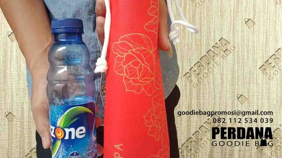 Pouch Botol Minuman Pippa Apartemen Puri Parkview Kembangan