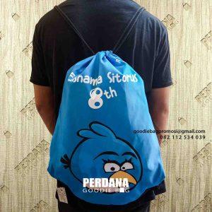 tas souvenir ulang tahun sablon angry bird serut dari Perdana Goodie Bag