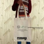 Pesan Custom Goodie Bag Spunbond Krem Perdana Goodie Bag Kirim Ke Baji Mangai Sulawesi Selatan