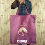 Pembuatan Goodie Bag Idul Fitri Ukuran Besar Bahan Dinier Klien Perumahan Permata Hijau Permai Bekasi Utara