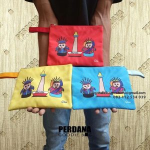 Pouch dompet retsleting bahan kanvas printing