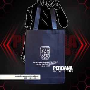 25+ Portofolio Goodie bag Spunbond Desain Sendiri ID5579P