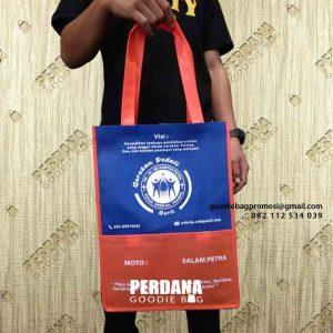 Jual Goodie Bag Spunbond Desain Sablon Perumahan Puri Gading Pondok Melati Bekasi Id7664P